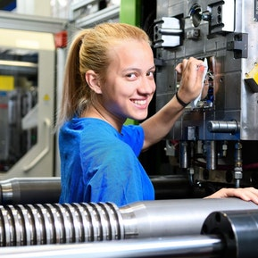 Kunststoffverarbeiter/in EBA bei Geberit