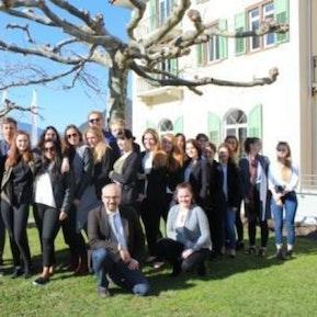"""Klassenausflug """"Lernende Hotel-Tourismus-Handelsschule hotelleriesuisse"""" bei SSTH Passugg"""