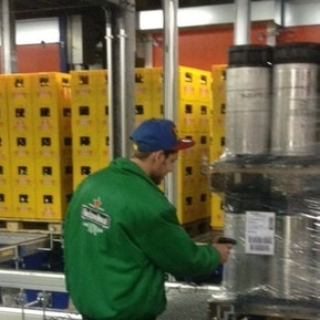 Als Logistiker bist du für eine speditive und zuverlässige Auftragsabwicklung zuständig.