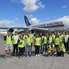 Lernendenausflug 2018: Führung Flughafen Zürich & Bowlingtournier
