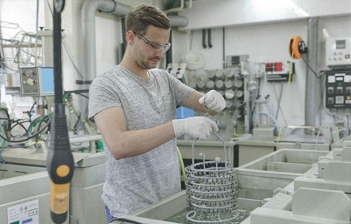 Oberflächenpraktiker/in EBA