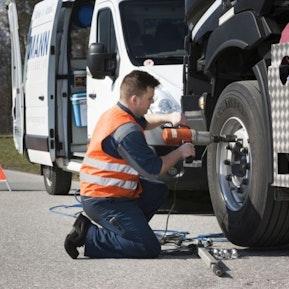 Einblick in den Beruf Automobil-Mechatroniker/-in