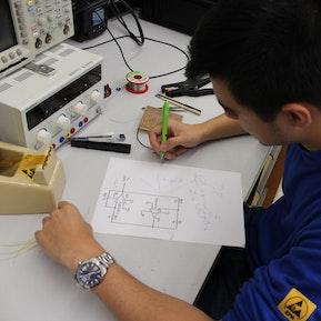 Elektroniker/in EFZ