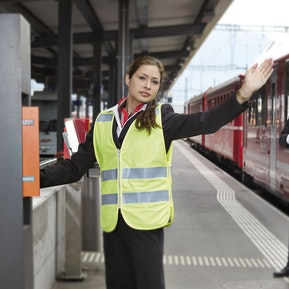 Fachmann/-frau öffentlicher Verkehr EFZ Zugbegleiter
