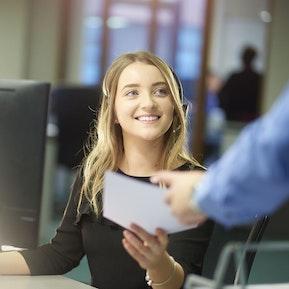Fachfrau / Fachmann Kundendialog EFZ