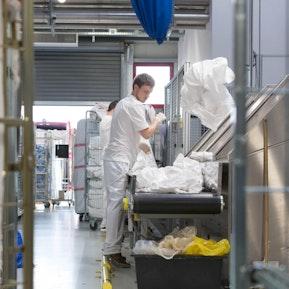 Fachfrau/Fachmann Textilpflege Schwerpunkt Wäscherei