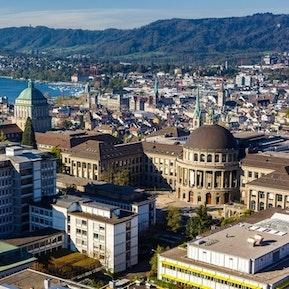 Finde deine Lehrstelle bei Universitätsspital Zürich Bildungszentrum