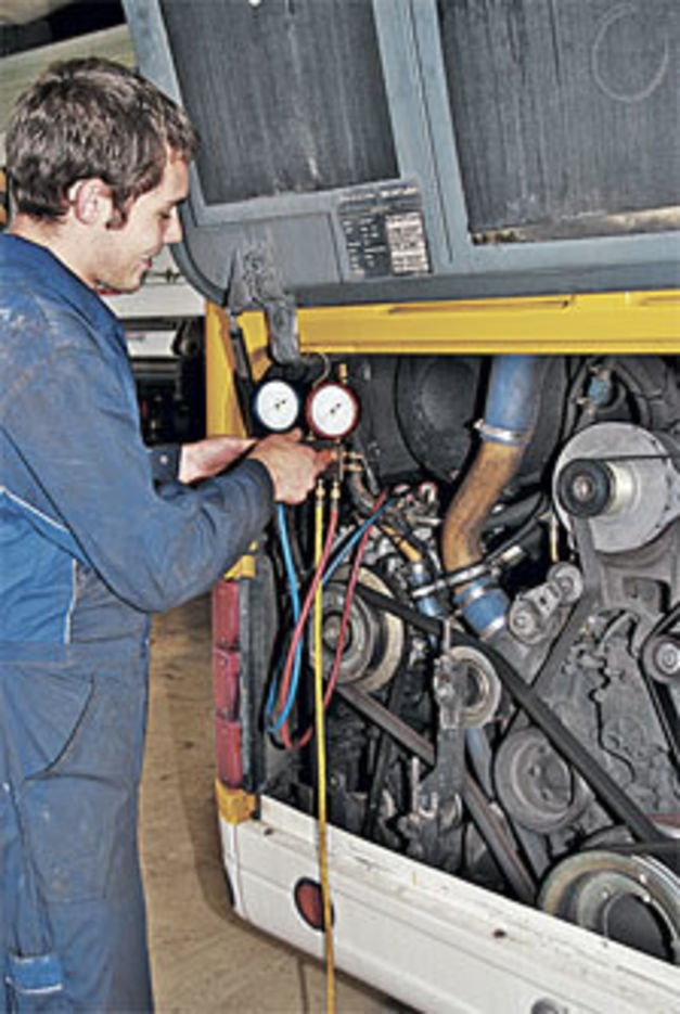 Automobilmechatroniker/in EFZ